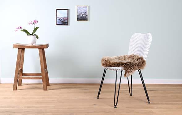 blue wall design lloyd loom stuhl christy. Black Bedroom Furniture Sets. Home Design Ideas