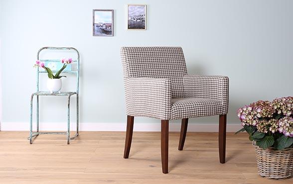 blue wall design armlehnstuhl mouzon style. Black Bedroom Furniture Sets. Home Design Ideas