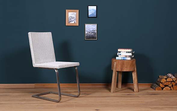 blue wall design lloyd loom freischwinger pablo blue wall. Black Bedroom Furniture Sets. Home Design Ideas