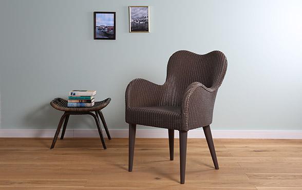 blue wall design lloyd loom stuhl papillon. Black Bedroom Furniture Sets. Home Design Ideas