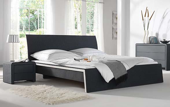 Blue Wall Design - Lloyd Loom Bett Chambre-Neo