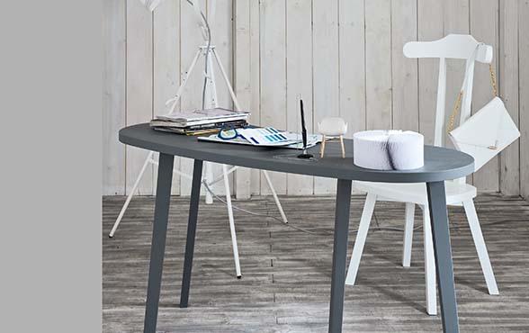 blue wall design stummer diener zwei drei. Black Bedroom Furniture Sets. Home Design Ideas